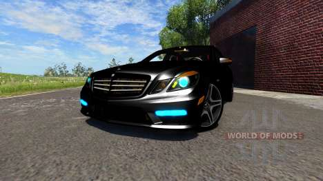 Mercedes-Benz E63 AMG 2014 pour BeamNG Drive