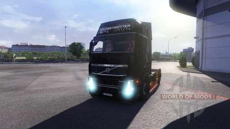 De nouvelles lumières et de la boue, des rabats  pour Euro Truck Simulator 2