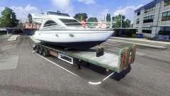 Der trailer mit dem Boot