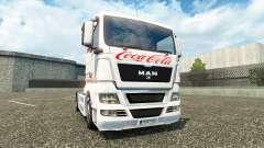 La peau de Coca-Cola sur le camion de l'HOMME
