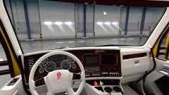 Weiße Kenworth T680 Innenraum