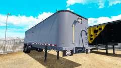 Un camion semi-remorque Mac.