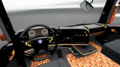 Schwarz und orange Innenraum für Scania