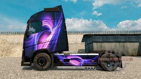 La peau Noir Et Violet sur un camion Volvo pour Euro Truck Simulator 2