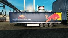 Haut Red Bull auf dem Anhänger