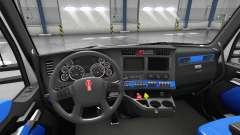 Blaue Kenworth T680 Innenraum