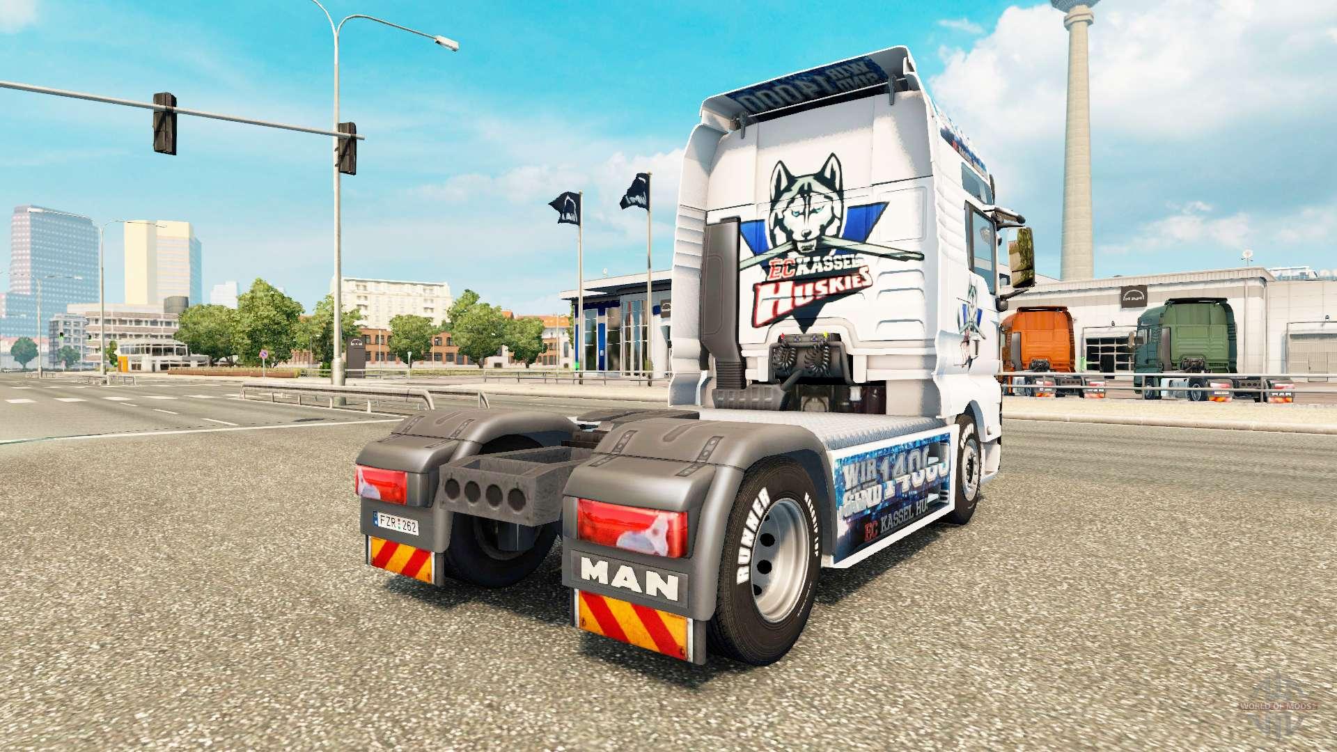 haut ec kassel huskies mann auf einem traktor f r euro truck simulator 2. Black Bedroom Furniture Sets. Home Design Ideas