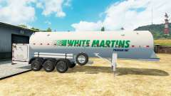 La semi-remorque-citerne Blanc Martins