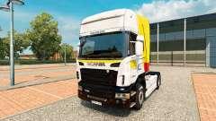 La peau Itapemirim sur tracteur Scania