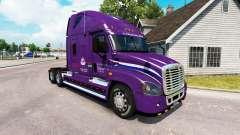 La peau Pacte sur tracteur Freightliner Cascadia