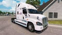 Haut Laden Einer auf einem LKW Freightliner Casc