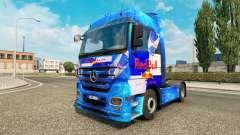 Red Bull de la peau pour le camion Mercedes-Benz