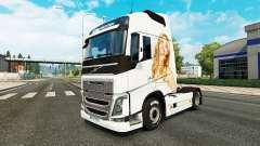Jennifer Lawrence peau pour Volvo camion