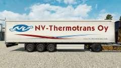 La peau NV-Thermotrans Oy sur un rideau semi-rem