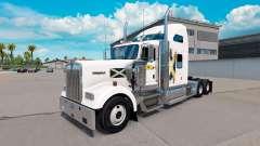 La peau de l'Ecosse sur le camion Kenworth W900