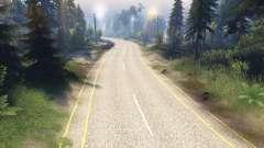 La texture de la route à deux voies, le marquage