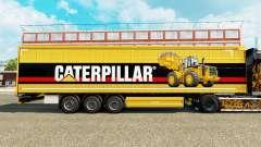 Haut Caterpillar v2 auf einen Vorhang semi-trail