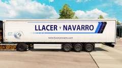 Haut Llacer y Navarro auf einen Vorhang semi-tra