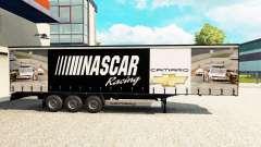 Haut NASCAR auf einen Vorhang semi-trailer