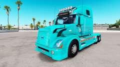 Haut-TUM auf der Volvo trucks VNL 670